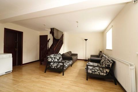 4 bedroom semi-detached house to rent - Roscoe Street, Liverpool