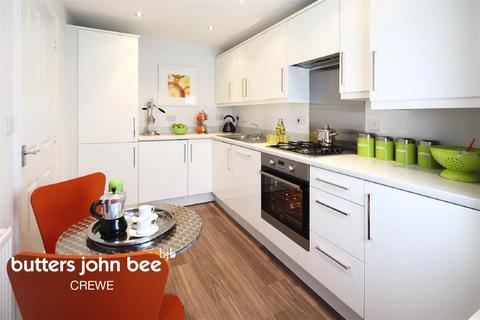 3 bedroom semi-detached house for sale - Rotary Way, Shavington, Crewe