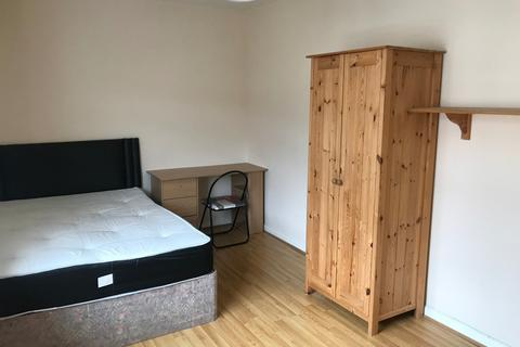2 bedroom apartment to rent - Port tennant road, port tennant, Swansea