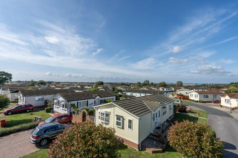 2 bedroom mobile home for sale - Millfarm Drive, Nyetimber, Bognor Regis, West Sussex. PO21 3UE
