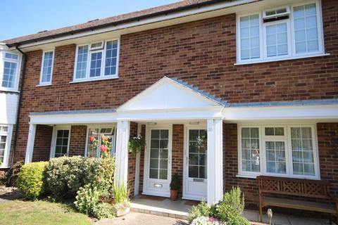 2 bedroom apartment to rent - Cranbrook Court, Fleet
