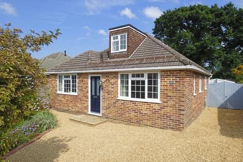 3 bedroom detached bungalow for sale - POOLE/BROADSTONE FRINGE