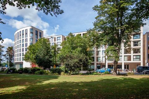 2 bedroom apartment for sale - Petersfield House, Parkside Place