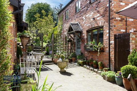 2 bedroom cottage for sale - Audlem, Cheshire