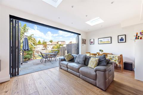 3 bedroom terraced house for sale - Hyde Park Avenue, Winchmore Hill, London, N21