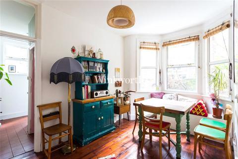 2 bedroom flat for sale - Hermitage Road, London, N4
