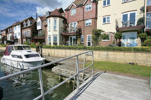 2 bedroom apartment to rent - West Quay, Abingdon