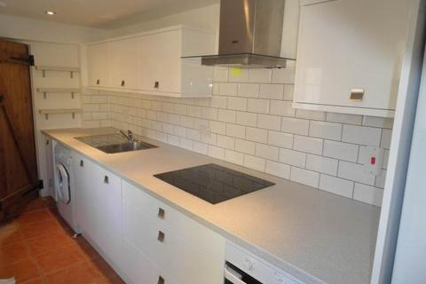 2 bedroom cottage to rent - Moor Lane, Downley,