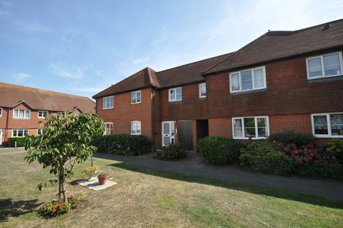 1 bedroom apartment for sale - High Street, West Mersea