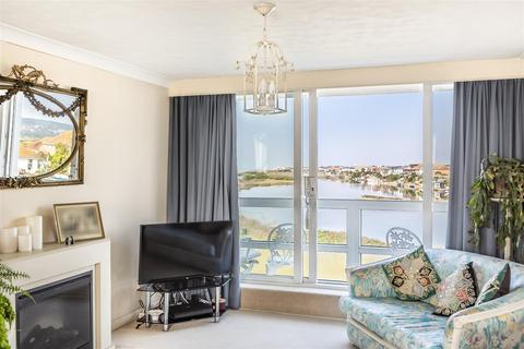 2 bedroom apartment for sale - West Beach, Shoreham-By-Sea