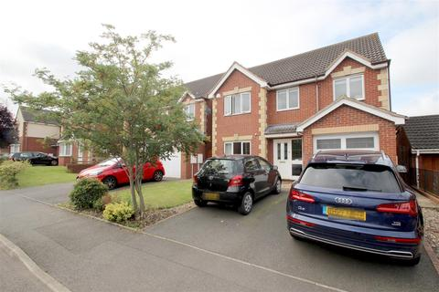 4 bedroom detached house for sale - Kings Park Drive, Binley, Coventry