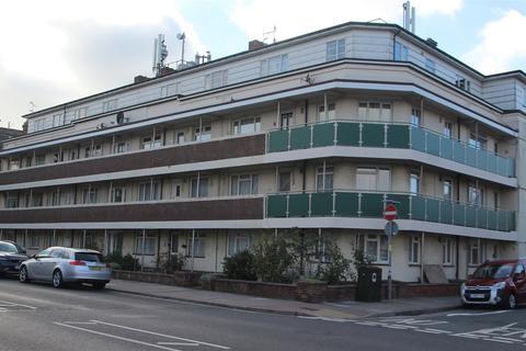 2 bedroom flat for sale - London Road, Portsmouth