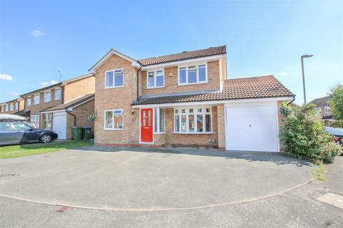 4 bedroom house for sale - Kingsland Road, Aylesbury