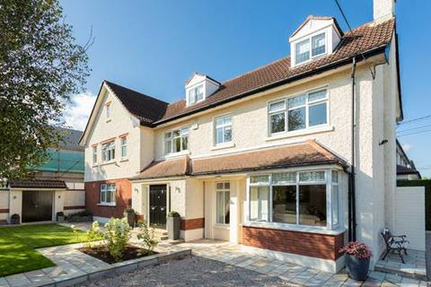5 bedroom house - 7 Mather Road North, Mount Merrion, County Dublin