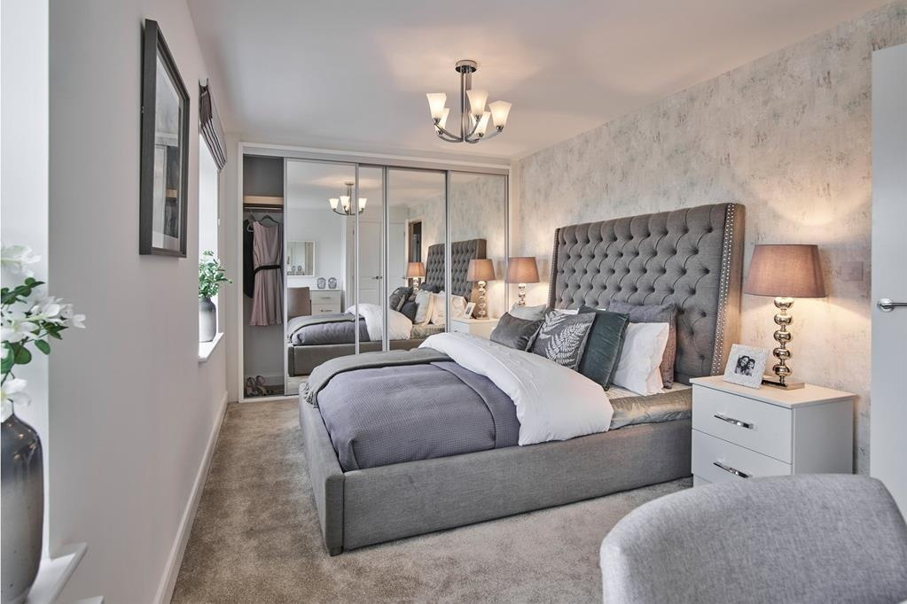 Large second double bedroom