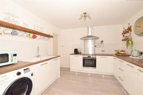 4 bedroom detached bungalow for sale - Greenview Crescent, Hildenborough, Tonbridge, Kent