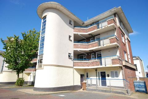 3 bedroom apartment to rent - Bodlewell House, High Street East