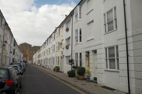 6 bedroom terraced house to rent - Over Street, Brighton
