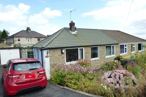 2 bedroom semi-detached bungalow for sale - Santa Monica Road, Idle, Bradford, BD10