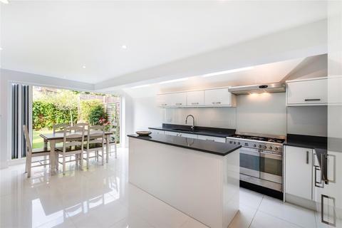 5 bedroom terraced house to rent - Bramfield Road, London, SW11