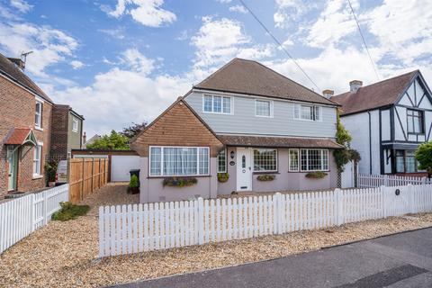 4 bedroom detached house for sale - Ryde Place, Lee-on-the-Solent, Hampshire