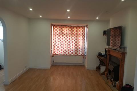 3 bedroom townhouse to rent - SM3 8EN