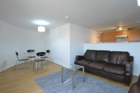 3 bedroom flat to rent - Blackfriars Road, City Centre, G1