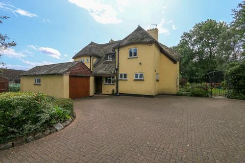 5 bedroom detached house for sale - Willow House, Bovey Tracey