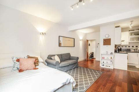 Studio to rent - St Martin's Lane, Covent Garden