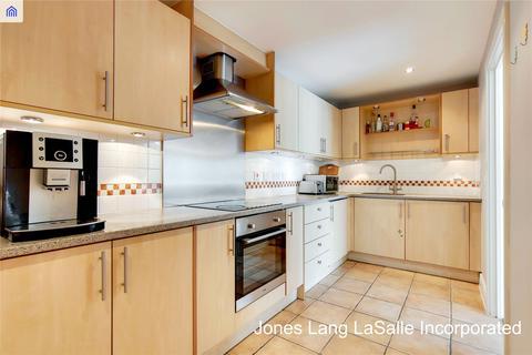 2 bedroom flat to rent - St Davids Square, London, E14