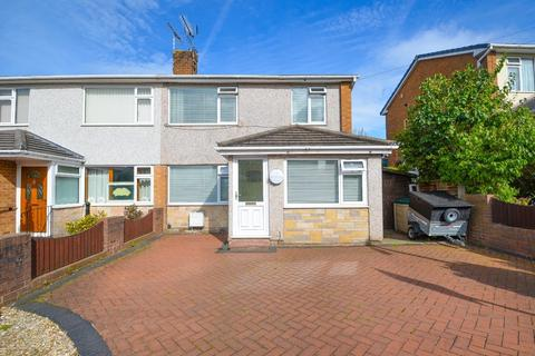 3 bedroom semi-detached house for sale - Hazel Drive, Penyffordd, Chester