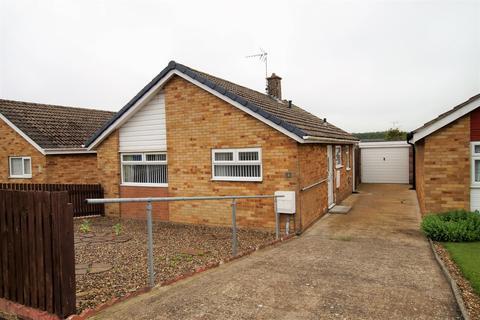 2 bedroom detached bungalow for sale - Alton Road, Bridlington