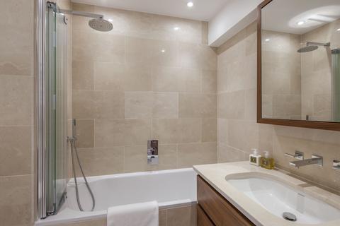 2 bedroom flat to rent - W2