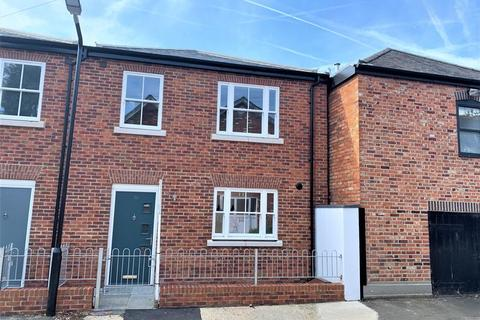 2 bedroom terraced house to rent - STATION ROAD