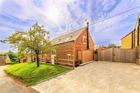3 bedroom detached house for sale - Belton in Rutland