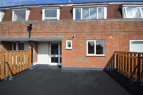 3 bedroom property to rent - Penn Road, Beaconsfield