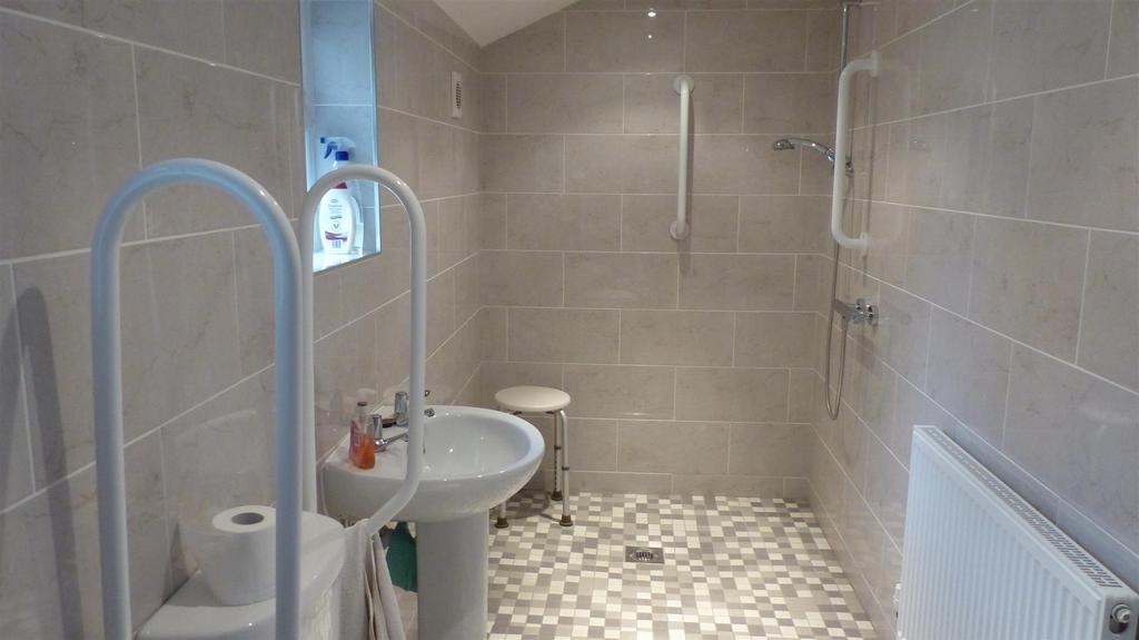 Shower room / wetroom