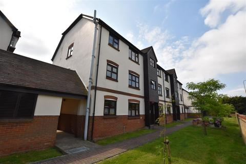 2 bedroom apartment to rent - Culver Rise, South Woodham Ferrers