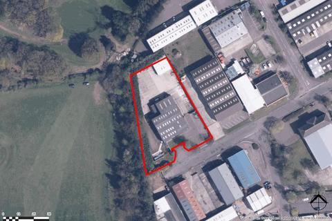 Industrial unit to rent - 164 Hellesdon Park Road, Hellesdon, Norwich, Norfolk