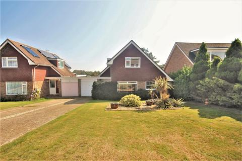 4 bedroom house for sale - Lexden Drive, Seaford