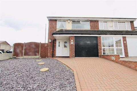 3 bedroom townhouse for sale - Billy Lane, Swinton