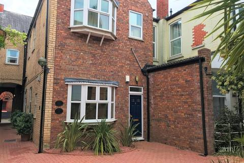 1 bedroom flat to rent - 4 Salters Court, High Street, Hull HU1
