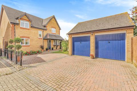 4 bedroom detached house for sale - Tay Gardens, Bicester, OX26