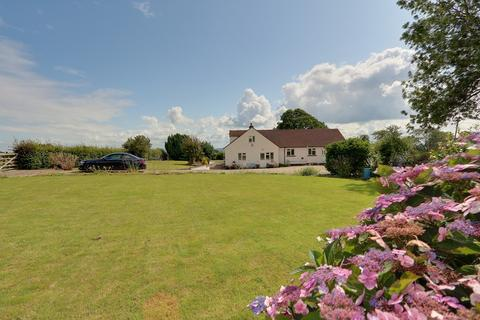 4 bedroom detached house for sale - High Woolaston, Woolaston, Lydney, Gloucestershire. GL15 6PX