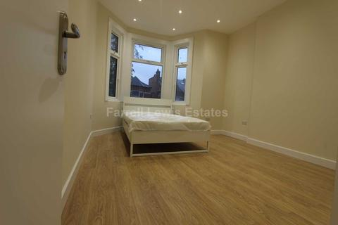 3 bedroom flat to rent - Ebsfleet Rd, Cricklewood, NW2 3NA