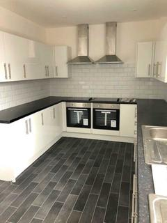 7 bedroom house share to rent - Langworthy Road, Salford
