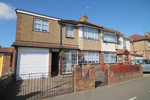3 bedroom semi-detached house for sale - Sherringham Avenue, Feltham, TW13