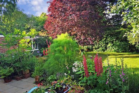 3 bedroom detached house for sale - Ash Tree Drive, West Kingsdown, Sevenoaks, Kent