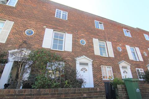 3 bedroom terraced house to rent - Bristol Gardens, Brighton BN2
