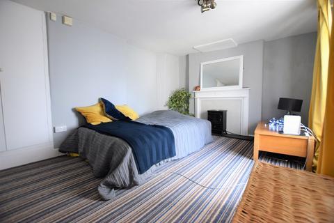 2 bedroom semi-detached house for sale - Alphington Road, St Thomas, EX2